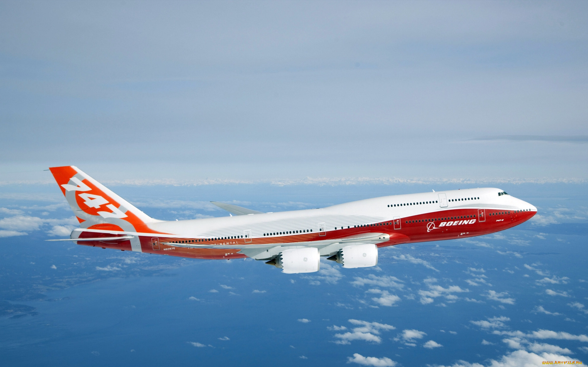находится западной фото самолета большого пассажирские ней